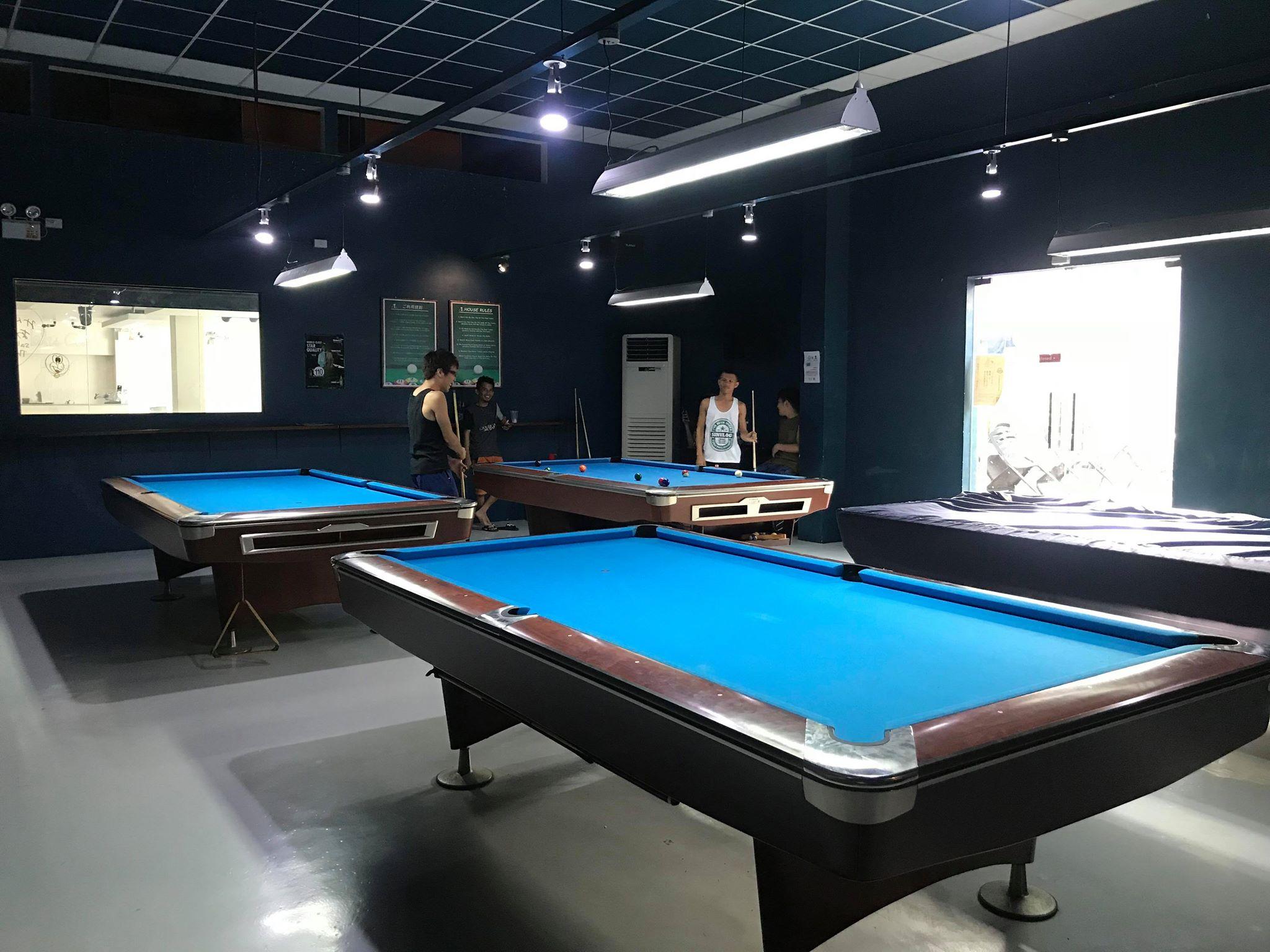 セブ島のレストランバーといえば「blu Cat Sports Bar」