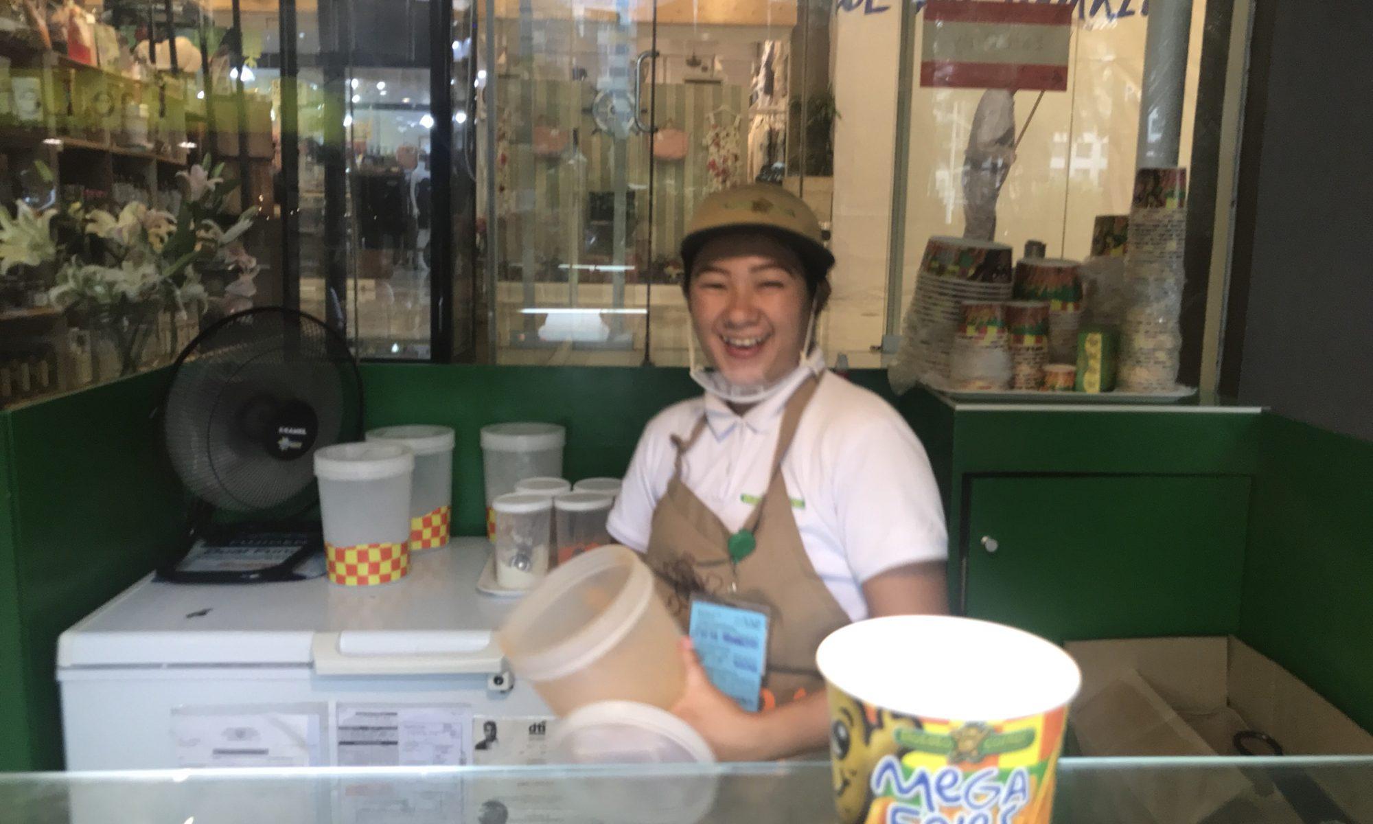 フィリピン人に大人気のスナック「Potato Corner」