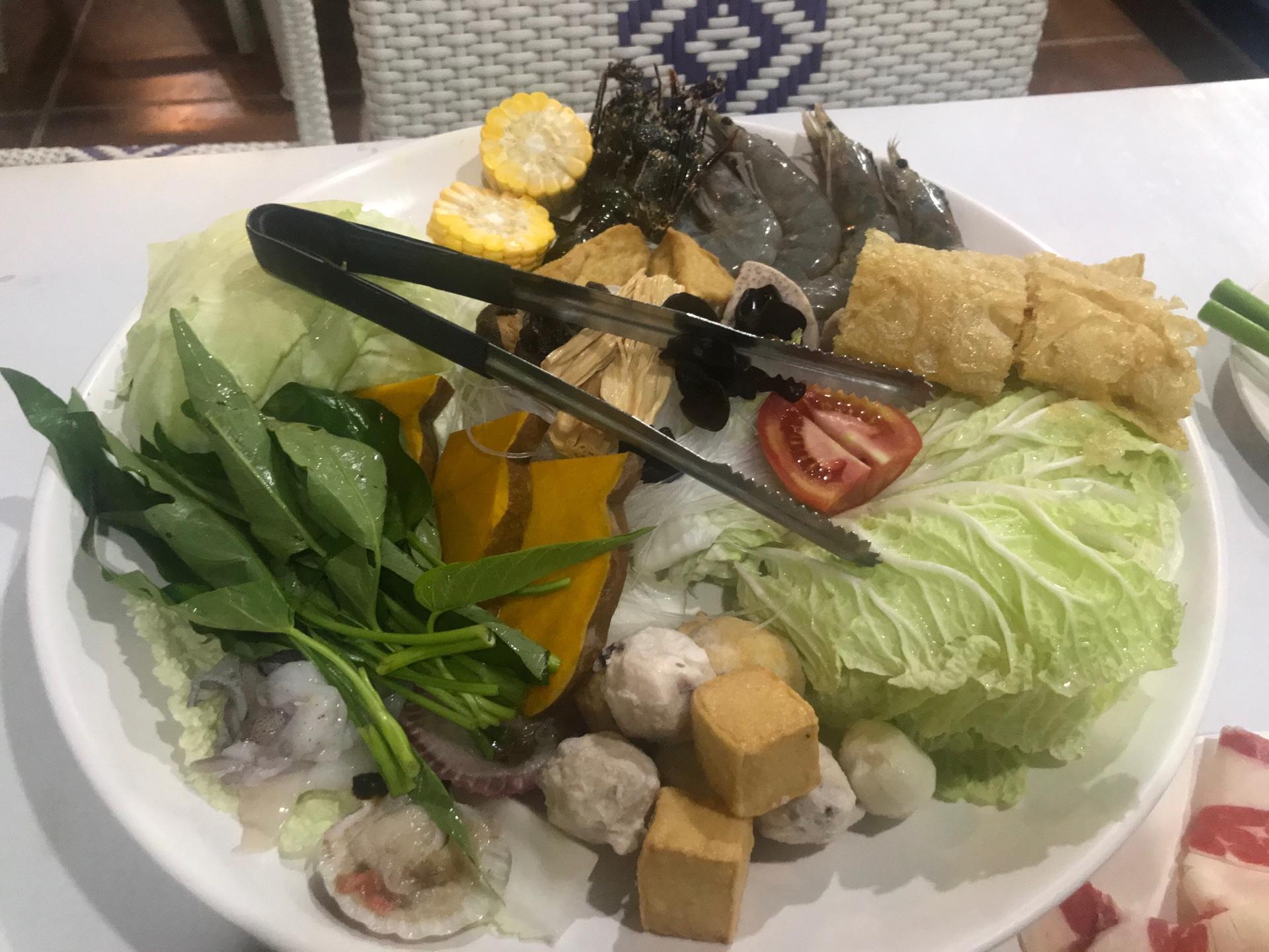 野菜不足を感じたら台湾しゃぶしゃぶ「Red House」にいこう!